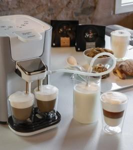 Elektrischer Milchaufschäumer und Kaffeepadmaschine von Senseo
